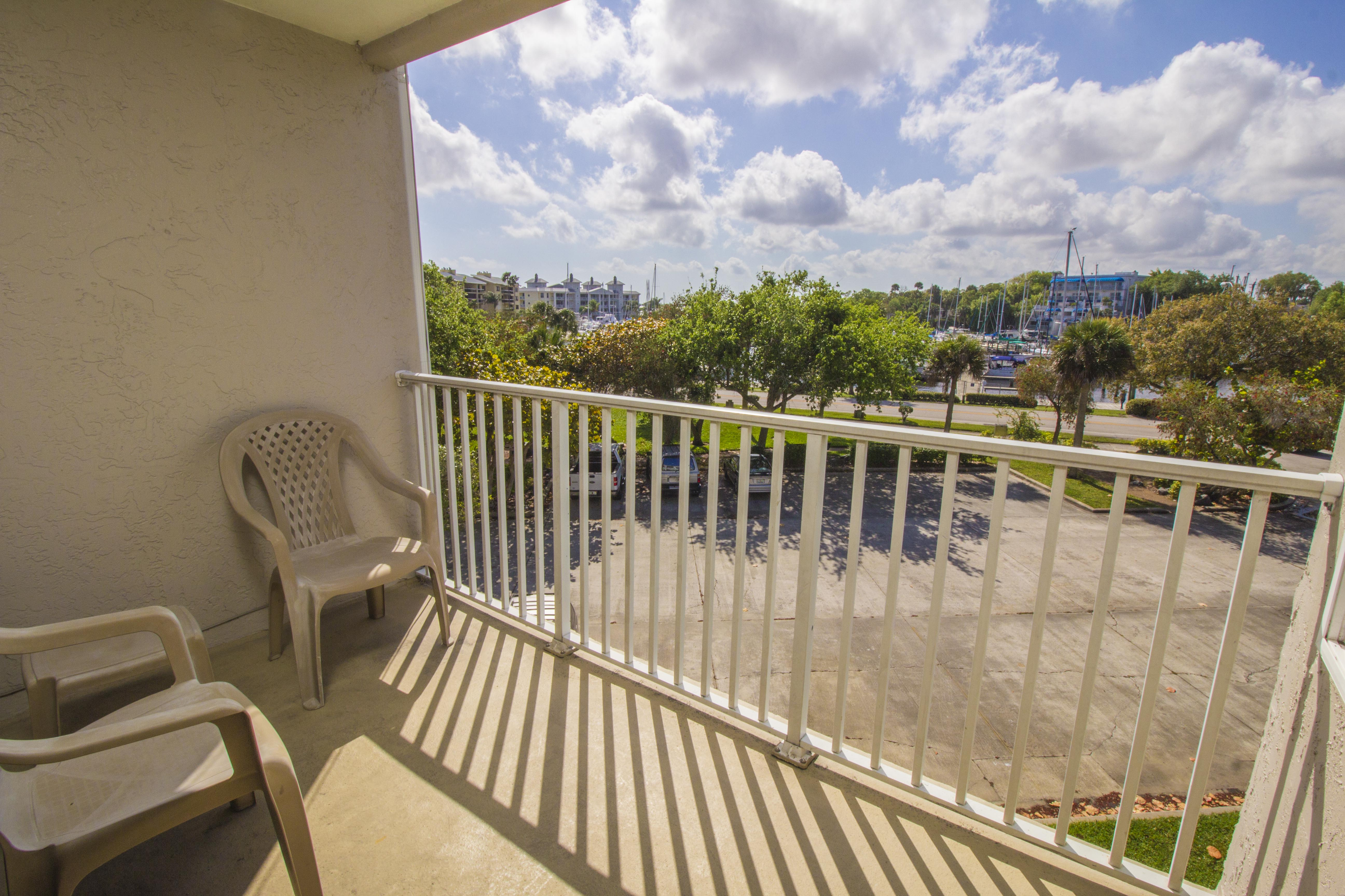 Melbourne Harbor Condo – Unit 302